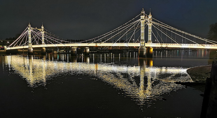 In photos: The beauty of the Albert Bridge at night, south west London