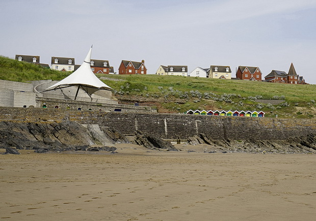 In photos: a trip to sunny Barry Island, south Wales