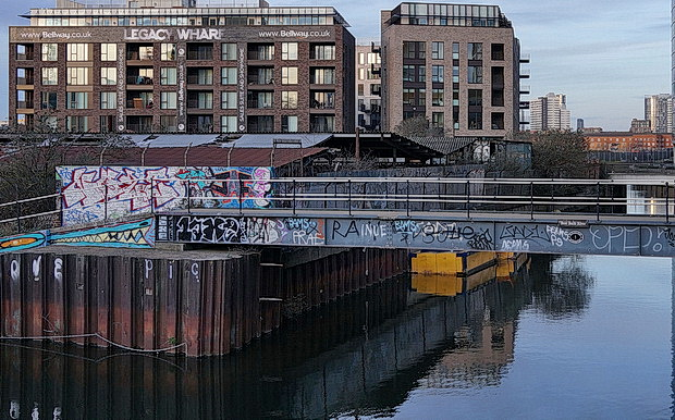 Bow to Hackney Wick canalside walk: barges, street art, buildings and twilight, Feb 2019