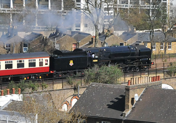 BR 70000 Britannia loco thunders through Brixton