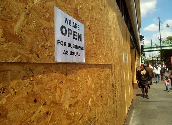 Brixton riots aftermath - photos
