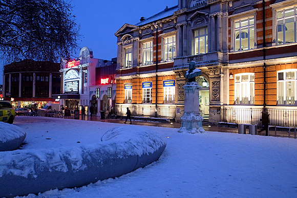 Brixton freeze continues - town centre photos
