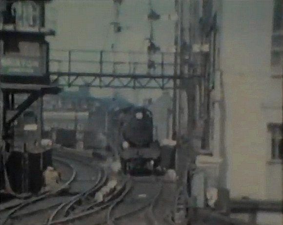 Brixton station in the steam era (1950s footage)