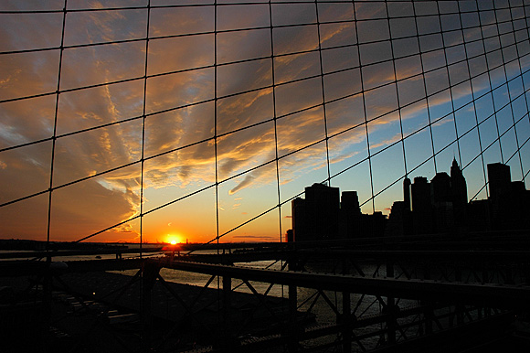 A stunning Brooklyn Bridge sunset, NYC