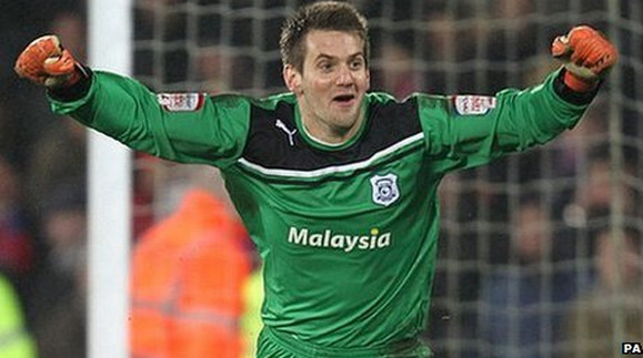 Cardiff beat Crystal Palace on penalties - the Carling Cup final awaits!