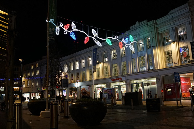 Cardiff photos: Christmas lights, street scenes, Rhiwbina station and scarf sellers, Nov 2019