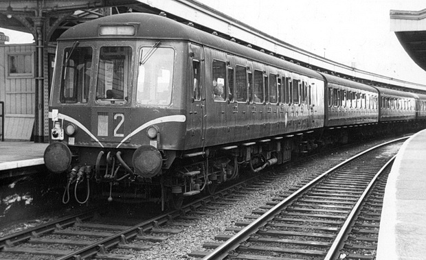 In photos: Cardiff Queen Street railway station in the 1960s