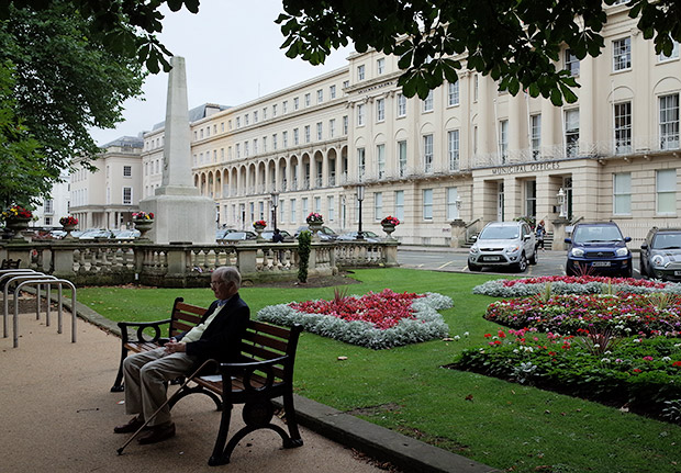 Photos and street scenes from Cheltenham, Gloucestershire, England