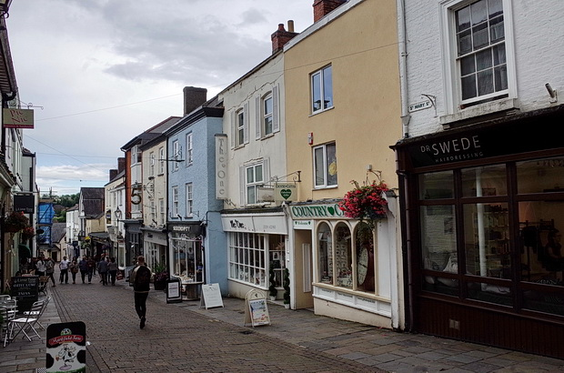 In photos: a look around Chepstow, south Wales, August 2017