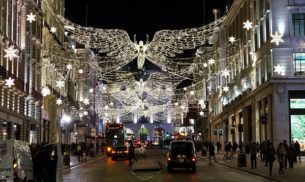 In photos: the Christmas lights of London: Trafalgar Square, Mayfair and Winter Wonderland, December 2017