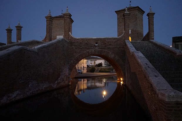 The Canals And Stunning Architecture Of Comacchio At Night Northern Italy S Little Venice