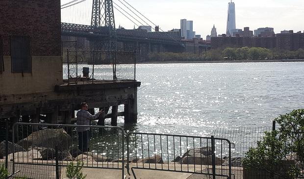 A walk around Grand Ferry Park, Williamsburg, Brooklyn, New York