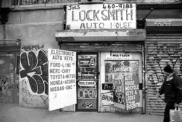 Pic of the day: Joe's Locksmiths, NYC