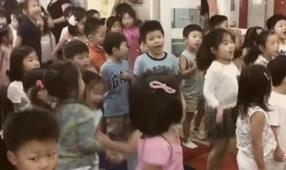 Kindergarten kids covering the Ramones. A thing of true beauty!