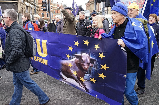 In photos: thousands march in Leeds anti-Brexit protest, Sat 24th March 2018