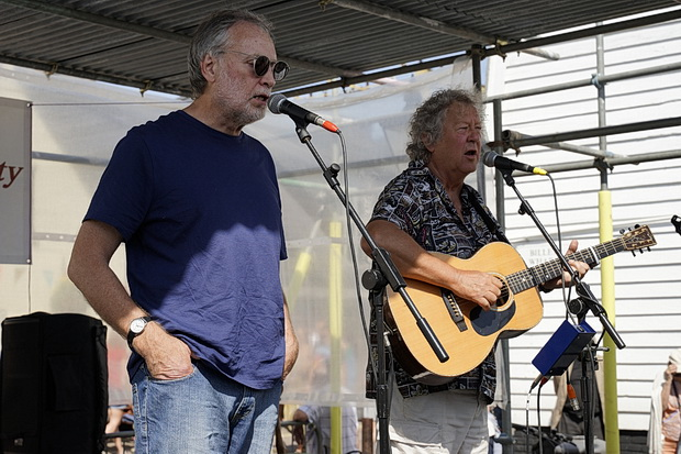Leigh-on-Sea Folk Festival 2018: Sun, mud, music and flying knickers - photos