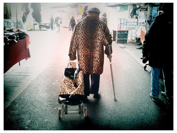 Pics of the day: leopard skin shopper, Brixton