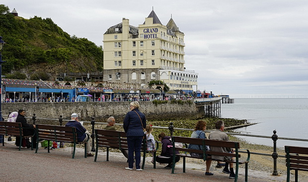 Llandudno photos - seaside views, street scenes, architecture and more, August 2018