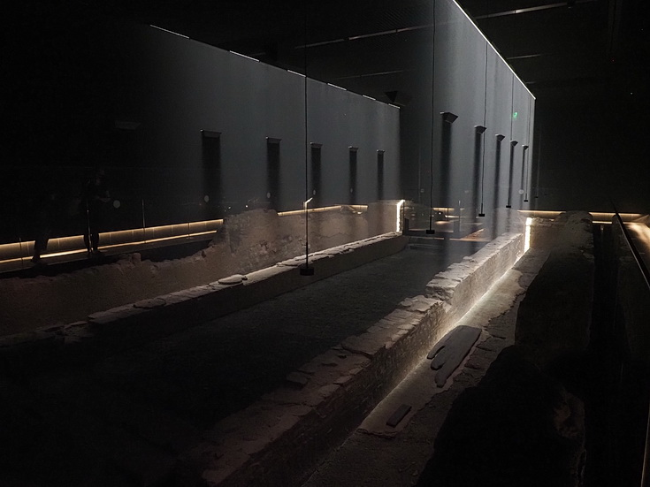 The London Mithraeum -an underground Roman temple in the City of London