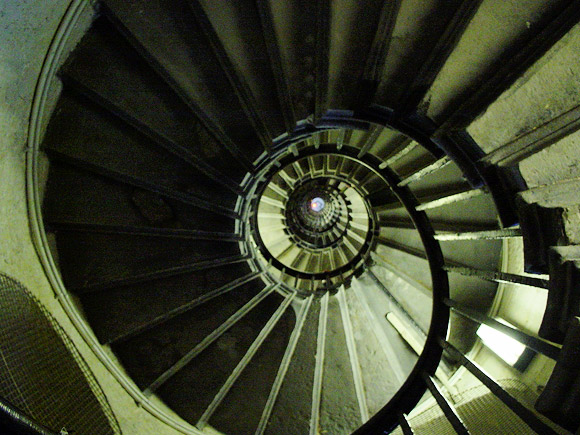 A trip up the 330 year old Monument tower, London