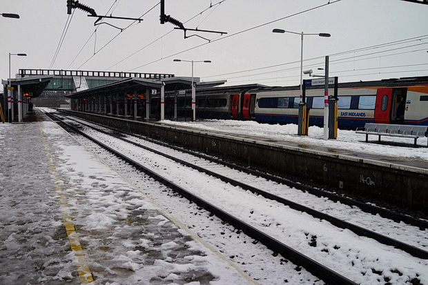 My Amsterdam fight was cancelled: so here's photos of a snowy Luton Airport Parkway instead, December 2017
