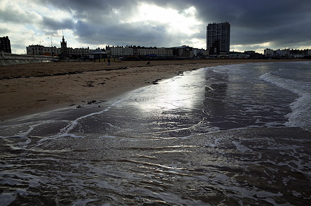 Margate photos, scenes of the beach, Dreamland, Turner Gallery, Old Town and more, Kent, England