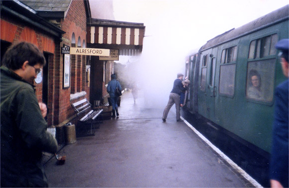 Mist and smoke - the Mid Hants railway, winter 1987