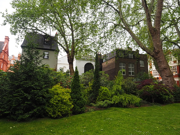 London's hidden gem: Mount Street Gardens and a wonderful church, Mayfair, London