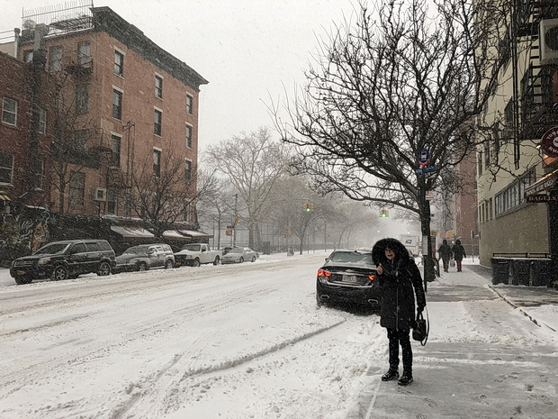New York in the snow: photos of Manhattan streets , Jan 2018