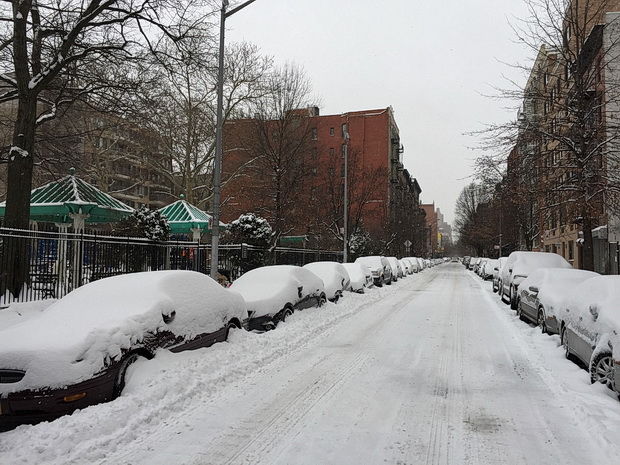 Photos of the snow-covered deserted streets of New York in the wake of Winter Storm Juno, 27th January 2015