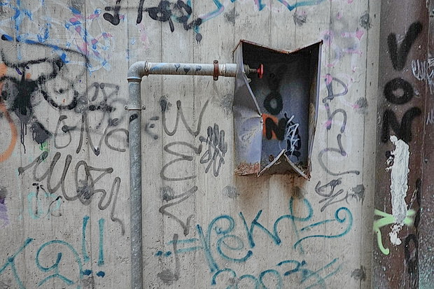 Fifty photos of Nuoro, Sardinia: landscapes, street scenes, architecture and street art