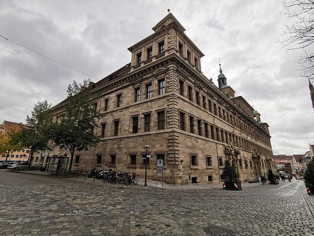 In photos: Nuremberg architecture, castle, squares and street scenes