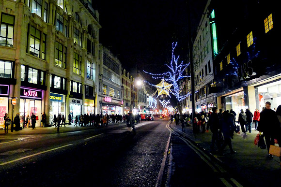 Last minute shoppers on Oxford Street