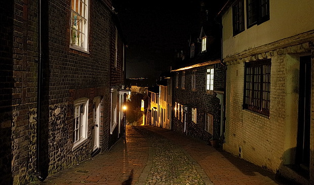 Photos of Lewes, East Sussex - ruined castle, historical buildings, lovely ale and a jumble sale