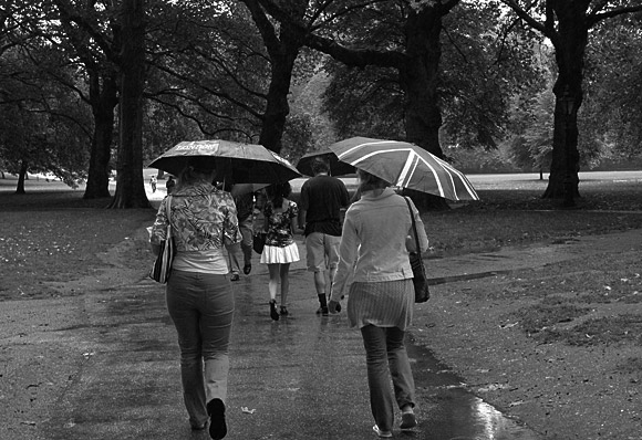 Umbrellas in London: a rainy summer afternoon in the capital