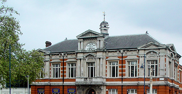 Save Lambeth Libraries - please sign the petition