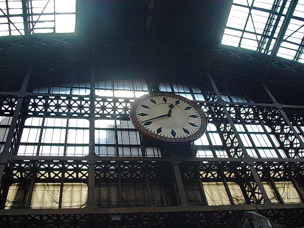 London St Pancras station 15 years ago - photos of the semi derelict building from June 2003