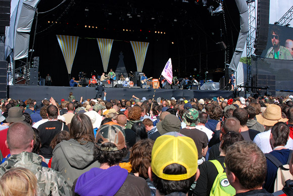 Yellow hat, bumblebee and the Super Furry Animals at Glastonbury