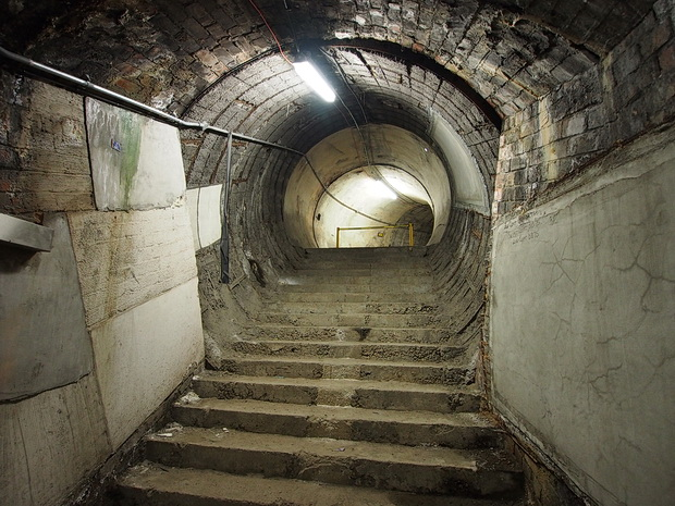 Abandoned London Underground Tour