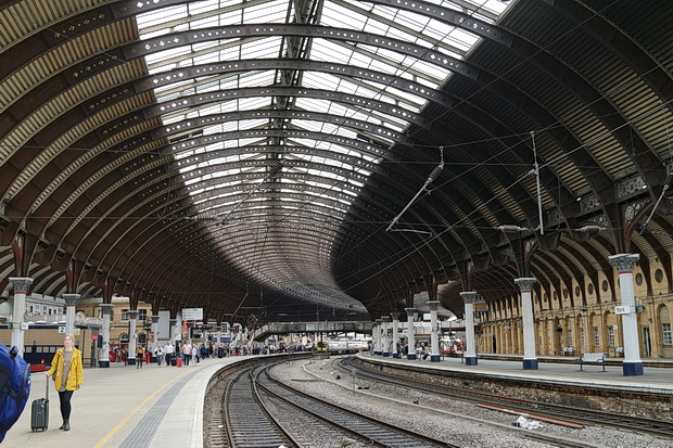 In Photos The Magnificent Curves And Victorian Architecture Of York Railway Station