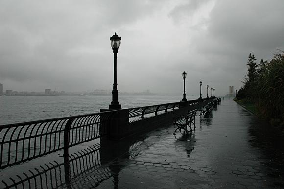 battery-park-nyc-rain-01
