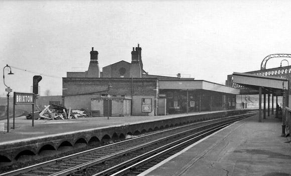 brixton-railway-station-1960