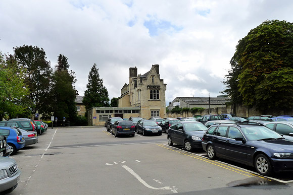cirencester-town-railway-station-01