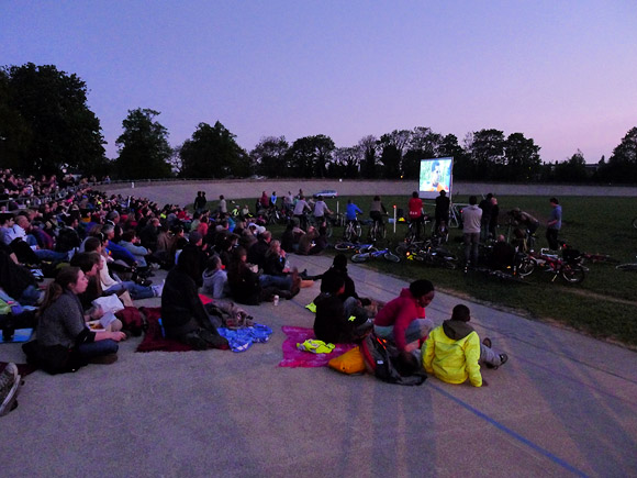 herne-hill-velodrome-cycling-film-night-22