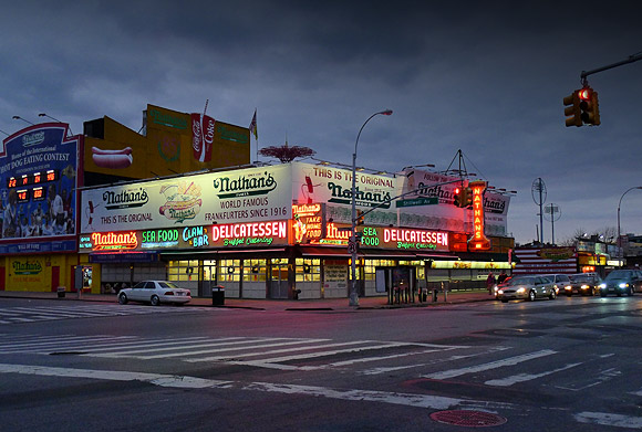 nathans-delicatessen-coney-island-01
