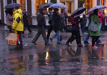 rainy-day-soho-01