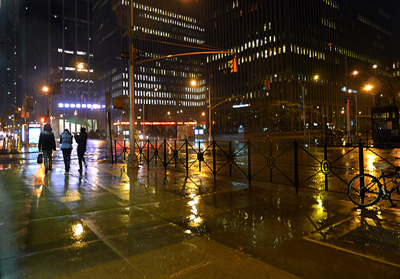 rainy-night-in-new-york-04
