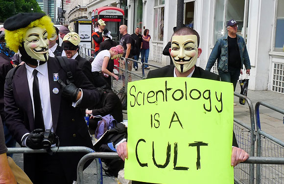 scientology-protest-london-01