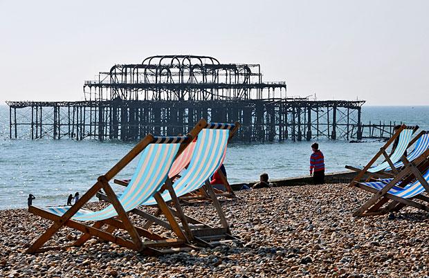 The tragedy of West Pier, Brighton beach, Brighton