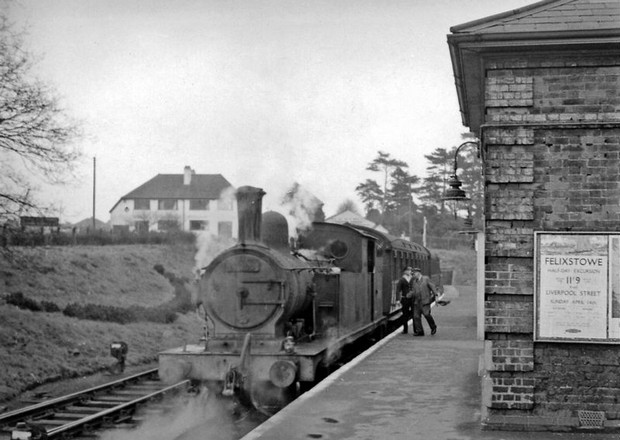 Epping to Ongar railway reopens: steam, archive photos, Blake Hall and Sham 69